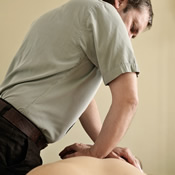 5161_back_osteopathy_treatment.jpg